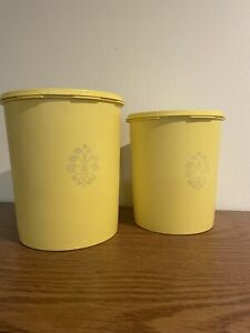 Vintage 70's Tupperware Country Yellow Canisters Nesting Storage 805-13 & 807-7