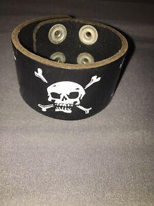 Vintage Punk Skull & Cross Bone Faux Leather Wrist Band Y2K 2000's Hot Topic XS