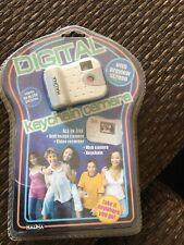 DIGITAL KEY CHAIN  CAMERA - Mini Digital Camera - See ALL Pictures ~ NEW