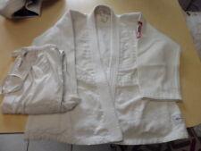 Kimono Judo Taille 140 avec ceinture blanche