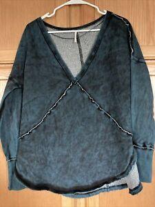 Free people size L women's westeros pullover v neck sweatshirt