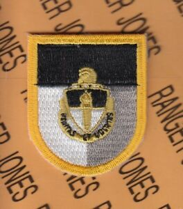 JFKSWC Special Forces Command Airborne DUI Crest beret flash patch