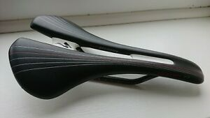 Specialized Romin Pro Saddle 155mm Carbon Rails - broken section