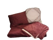 Mainstays Full/Queen Velvet Quilt With Matching Shams And 2 Deco Pillows