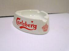 VINTAGE CARLSBERG 3 CORNER PLASTIC ASHTRAY