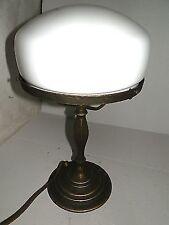 Lampada da tavolo ottone vetro opaline Bianco a fungo stile '700 Inglese