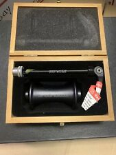 Specialized Stout Front Hub  32 Holes Black New with wooden case