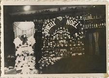 PHOTO ANCIENNE - VINTAGE SNAPSHOT - BOUTIQUE ALCOOL DÉCORATION NOËL MAGASIN