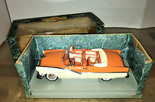 1/18 Diecast 1998 American Muscle 1956 Ford Sunliner Convertible w/Box
