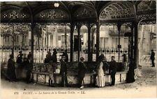 CPA Vichy-La Source de la Grande Grille (267086)