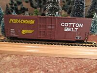 Vintage Roundhouse Built Model Railroad Train Car Ho Gauge - READY TO PULL! (G2)