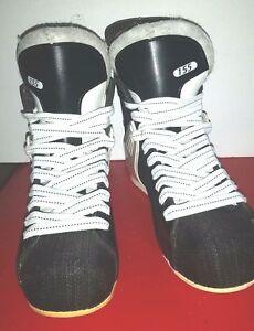 CCM Hockey Boots Model 155 Size 5 1/2
