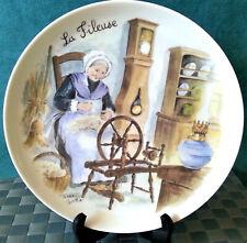 Assiette porcelaine décorative signée Terra VECCHIA métier La Fileuse Anne EHRET