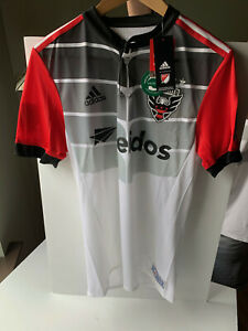 NWT DC United authentic soccer Jersey adult small