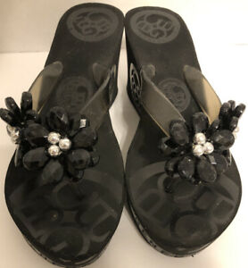 BCBG Generation Womens Wedge Flip Flop Sz 7 Black Crystal Flowers Wedge Heel 3""