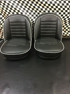 TRIUMPH TR3 NEW LEATHER SEATS