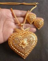 22K Gold überzogene indische Anhänger Ohrringe Kette Party Set Exkl  usive j