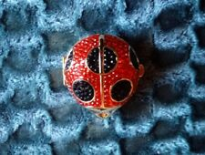 NEW Estee Lauder SWAROVSKI LADYBUG CRYSTAL Lucidity Powder Compact 0.1 is 2.8 G