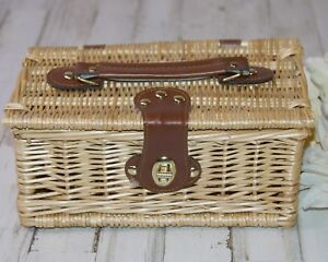 Country farmhouse natural willow woven lidded basket with leather straps
