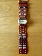 fossil ladies watch with leather strap