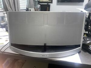 Bose SoundDock 10 Bluetooth Digital Music Systempre-owned
