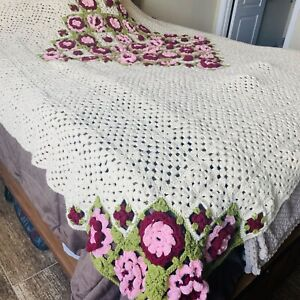 Vintage 70's Crocheted Granny Square Rose Blanket Afghan Pink Cream Double 66x85