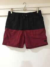 Long Lost Mens Two Toned Black And Red Casual Shorts Size 30 EUC