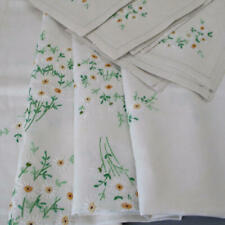 """Vintage Hand Embroidered Linen Tablecloth White Daisies 66"""" X 50"""" + 6 Napkins"""