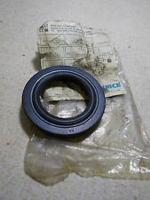 NEW Hyster 266733 Forklift Fork Lift Truck Oil Seal *FREE SHIPPING*