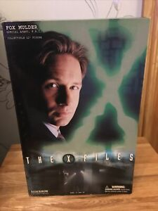 "SIDESHOW COLLECTIBLES THE X-FILES FOX MULDER COLLECTIBLE 12"" FIGURE 2004 BOXED"