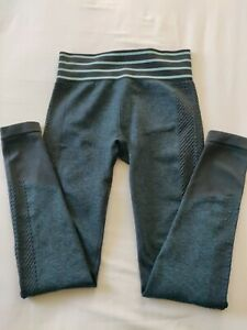 Fabletics Leggings  Excellent Condition Size XS / 8 , Black/ Green. Feel Great.