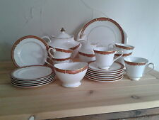 Royal Doulton - Meridian - 6-Place (22 piece) Tea Service
