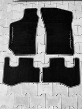 Fußmatten für Fiat Coupe 4-teilig grauem Rand und Logo Pininfarina Autoteppiche