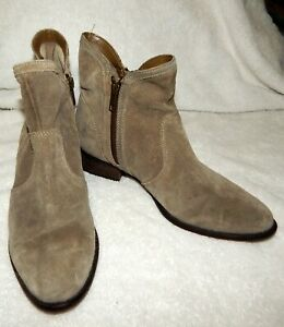 SEYCHELLES SUEDE GREY BOOTS - ANKLE - SIZE 7 SIDE ZIPPERS