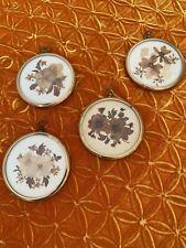 Inglés Vintage Colgante tono oro, flores secas presionado real década de 1970 Conjunto de 4