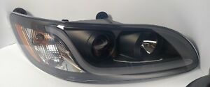 (RH) Blackout Headlight W/ Dual Function LED Running Light for Peterbilt