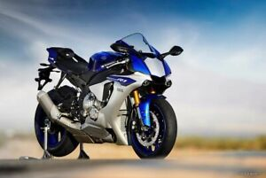 Yamaha YZF-R1M Ultra Realistic motorcycle scale 1: 6 paper model