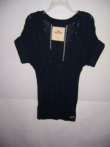 Hollister Women's Blue Short Sleeve V-Neck Sweater Size Small NWT!