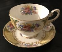 BEAUTIFUL TUSCAN ENGLISH FINE BONE CHINA ANTIQUE VINTAGE TEA CUP WITH SAUCER!!!