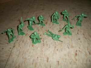 11 Vintage 1960's Marx WWII US Marines - Green Without Logo