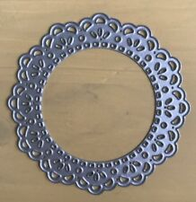 Metal Cutting Die -  DOILY SCALLOPED CIRCLE Lace Pretty (055)