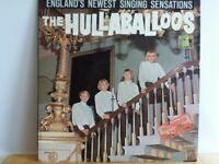 THE   HULLABALOOS            LP       THE  HULLABALOOS   (  D J  COPY )