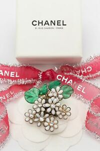 Chanel Gripoix glass paste brooch (Attributed to)