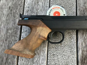 FAS 604 Walnut Air Pistol Grip