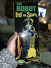 The Robot From Lost In Space Plastic Model Kit POLAR LIGHTS 1997