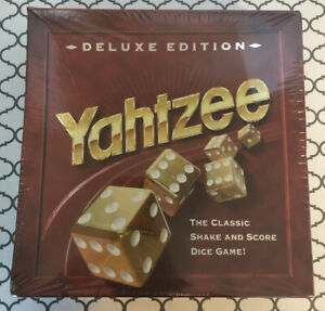 1997 Yahtzee Deluxe Gold Dice Game Milton Bradley Sealed Damaged Box See Details