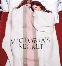 New! Victoria's Secret 2016 Limited Edition Fleece Throw Blanket Large 40 X 60