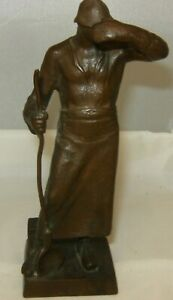 """Foundry Worker Bronze Statue In VG-Shape, 5 1/2"""" Tall, No Reserve."""
