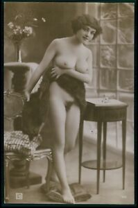 French full nude busty woman busty support breasts original 1910s photo postcard