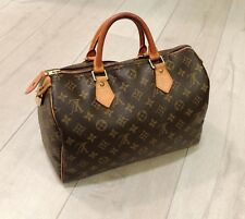 Pre-Owned 100% Authentic Louis Vuitton Speedy 30 Hand Bag in Monogram Pattern